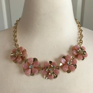 Jewelry - NWT Light Pink Statement Necklace
